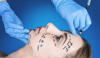 Compare Prices, Costs & Reviews for Plastic Surgery Consultation in Calle los Almendros